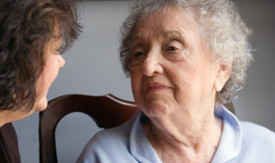 Hospice Care in Norristown PA: How to Stay Connected to Your Elderly Loved One While She's in Hospice Care
